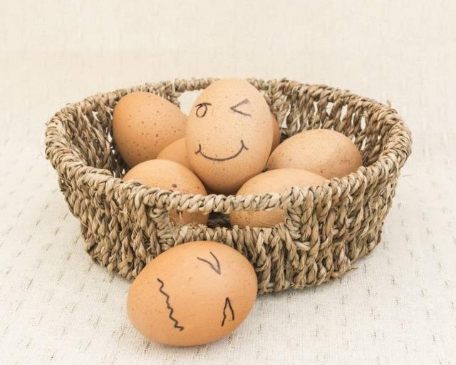"""别光顾着吃鸡蛋,快看看你的鸡蛋 营养是不是""""偷跑""""了 - 吃霸吃吧 - 吃霸吃吧"""